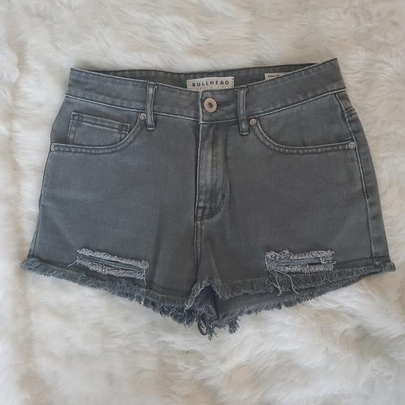 Bullhead Pants - BULLHEAD HIGH RISE DENIM DISTRESSED SHORTS